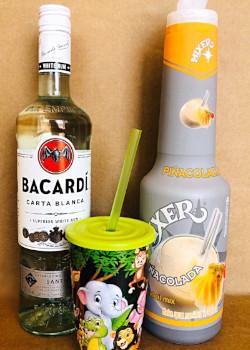 Bacardi + Pinacolada